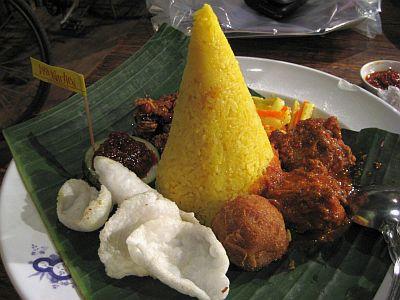 My Dinner From The Java Kitchen..Nasi Kunning something..